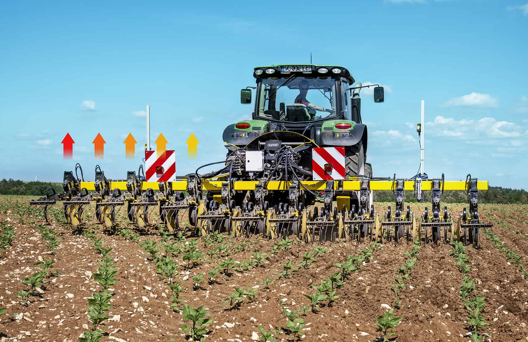 Hydraulic ISOBUS large crops precision row hoe. Row-by-row elements lifting in headland. Centralised depth setting