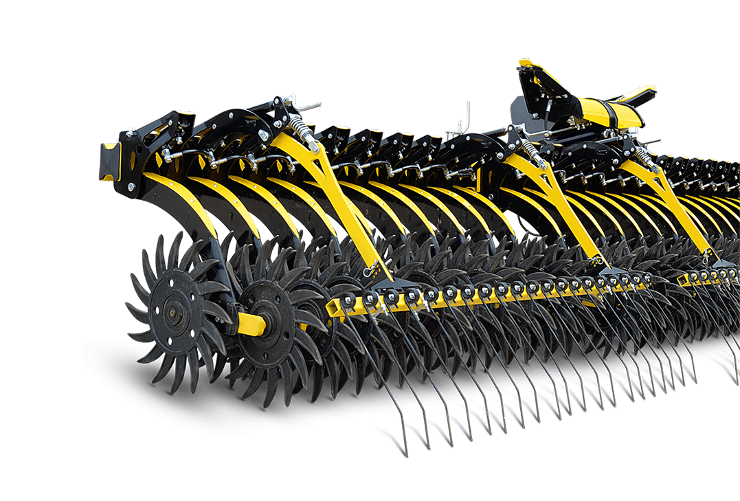 The Helios row hoe features both ground-driven star-wheels ans a rear comb harrow for more effcient weeding